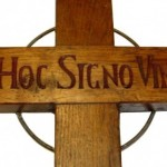 Le Christ crucifié, scandale pour les musulmans et folie pour les laïcistes…